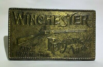 VINTAGE 1970s **WINCHESTER REPEATING ARMS** BELT BUCKLE