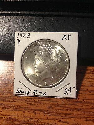 1923P Peace Dollar /  High Grade / combined shipping