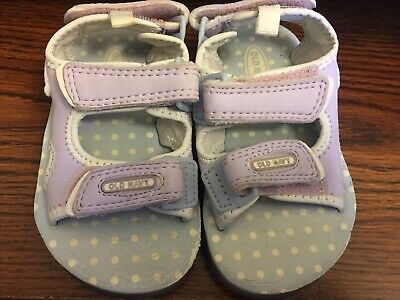 a3f9f1466956 Toddler Girls Old Navy Water Sandals sz9 ( 3T) with adjustable straps