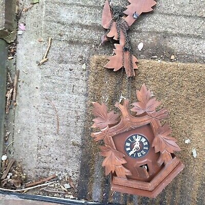 Carved wooden cuckoo clock (spares or repair) parts missing