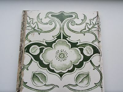 Edwardian Fireplace Tile Stylised Green Flower & Green Vine - Cream background