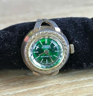 Vintage SORNA Mechanical 17 Jewel Swiss Made Watch Ring GREEN Enamel Face