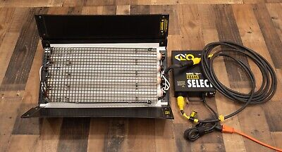 Kino Flo 2ft 4Bank - FIX-244 2' Light Sys - Ballast - 25' Cable - 2900K Lamps