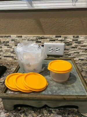 TUPPERWARE SNACK CUPS - Set Of 4 - NEW