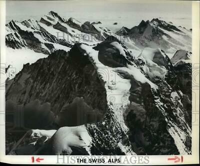1981 Press Photo Aerial view of The Swiss Alps - spb05143