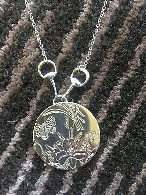 8e7cb572f3d GUCCI  IRIS  Floral Sterling Silver Necklace Round Coin Pendant Chain Italy  925