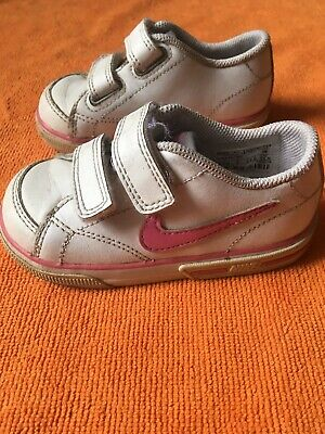 Kids girls Nike trainers shoes size 5 infant