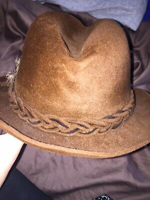 e6b25be22f695 NWT DOBBS BROADSTREET Brown Suede Fedora Hat Size 7 1 8 Vintage ...