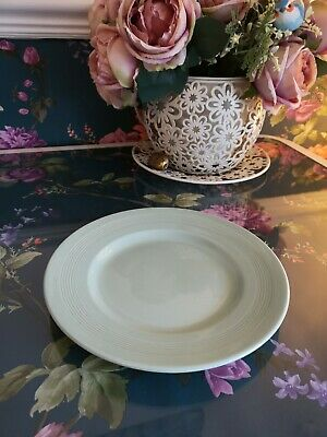 "Vintage / retro Beryl Woods Ware in Green -  9"" Small Dinner Plate"