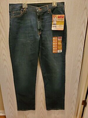 2b912916 Wrangler Jeans New With Tags Size 38X34 Relaxed Seat And Thigh Straight Leg