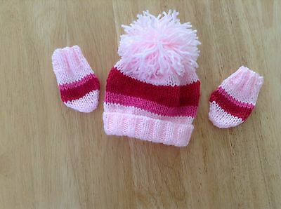 Brand New Hand Knit Newborn Baby Girls Pink Stripes  Pom Pom Ht And Mitts Set