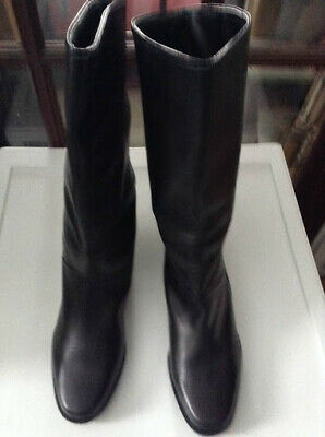 Shelsea, Women's Black, Genuine Leather, Boots, Brand New!!  Size 9 M!
