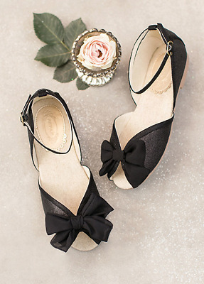 46d77a1b94e7 Joyfolie Girls Size 3 Youth Cindy Flats In Black New Without The Box