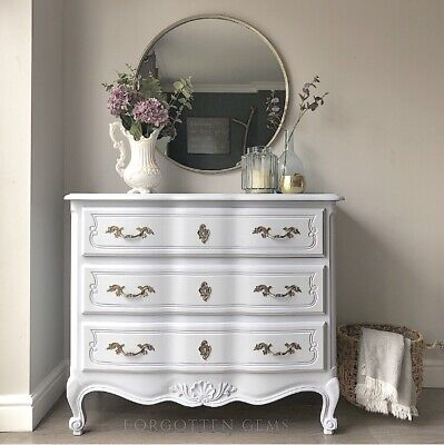 Vintage French Louis Chest Of Drawers / Dresser