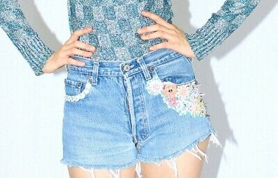 Vintage Levi's 501 frayed crop shorts 1980, hand embroideries, size 8