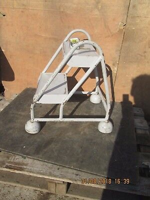 Small Steps / Platform - On Castors - Made In England -  **Not From China**