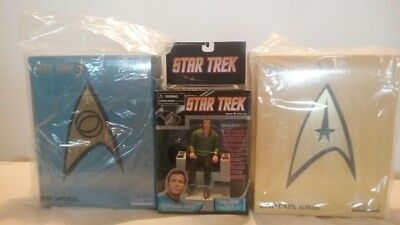 MEZCO Capt. Kirk and Mr. Spock  Collection with Rare  talking Chair