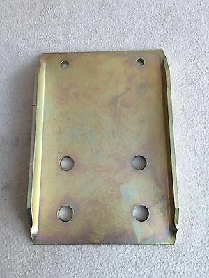 Land Rover Series 2/2A/3 Towing Drop Plate Standard Height Zinc Plated Finished