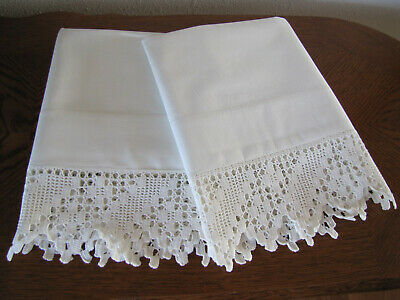 Vintage Pair Of Pillowcases All White & Fancy White Crocheted Trim Exquisite Wow
