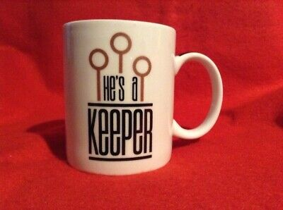 Harry Potter He's A Keeper Mug TM &  Warner Bros. Entertainment Inc. (s17)