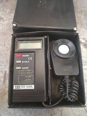 New Digital LUX LCD Light Meter Foot-candle Lux Meter TES-1330A