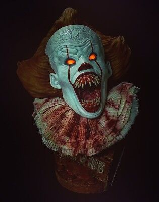 Pennywise The Dancing Clown. IT remake Lifesize Collectible resin Bust #18/27