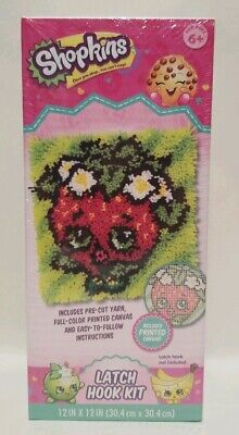 12 x 12 Dimensions Disney Minnie Mouse Latch Hook Craft Kit for Kids