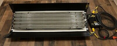 Kino Flo 4ft 4Bank - FIX-484 4' Light System - Ballast - 25' Cable - 2900K Lamps