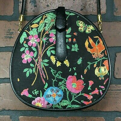 65d66b2b5 Rare Vintage GUCCI Black Canvas Flower Bug Clutch Purse Bag ITALY MADE  Crossbody