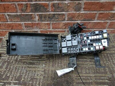 ford fusion fuse box relay junction block 10 11 12 2010 2011 2012 be5t14290e