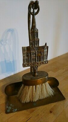 Antique / Vintage Brass Fireside Dust Pan And Brush Set - Salisbury Cathedral