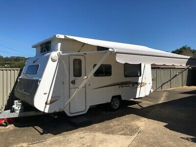 Caravan Pop top 17 foot Avan