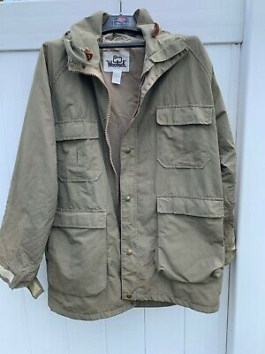 fc4c95f73715c Vintage Woolrich 1527 Mens Olive Rain Coat Jacket Size Large with Hood made  USA