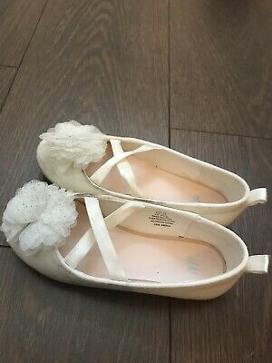 Girls H&M Worn Once Bridesmaid Princess Party Shoes Size 10 UK Off White Colour