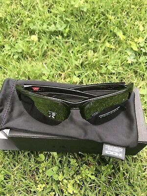 b8cf1fbd78a82 NEW Sliver Edge Oakley Sunglasses Grey Smoke Frame Prizm Black Iridium Lens!