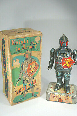 Cragstan Japan Knight in Armor Target Game - Tin Toy Robot / Blechspielzeug +Box