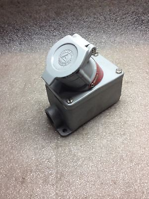 (X9-1) Appleton Efs175-2023 Explosion Proof Receptacle Assembly
