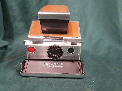 Vintage Polaroid SX-70 Land Camera in original case 19066