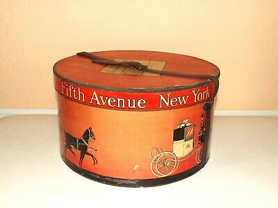 DOBBS SAKS FIFTH AVENUE New York - Red Horse & Carriage Round Hat Box Only