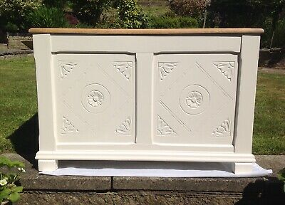 """Solid Oak Bedding Box Chest Hall Seat Storage Painted In Farrow & Ball """"Dimity"""""""