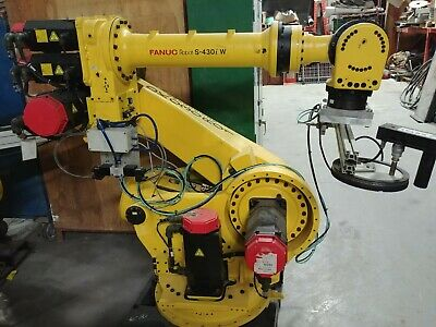FANUC S430iW / S-430iW ROBOT WITH RJ3 CONTROLLER  - FULLY FUNCTIONAL