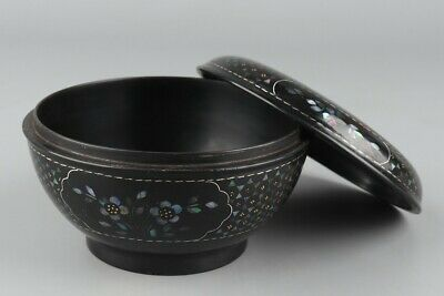 Chinese Exquisite Handmade flower mother-of-pearl lacquerware box