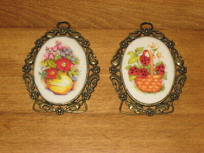2 Oval Print & Embroidery Pictures