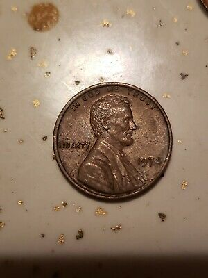 1974 lincoln penny.  No mint mark. Clear stamp.
