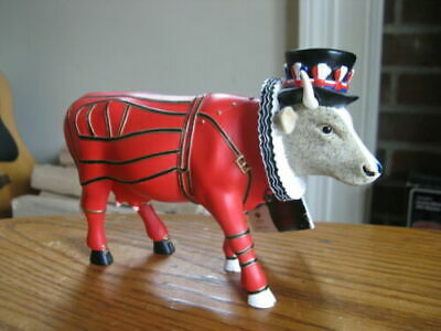 Westland Cow Parade BEEFEATER It Ain/'t Natural 7247 Figurine 2002 NEW IN BOXES