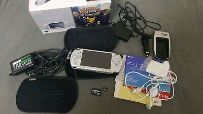 Playstation PSP Konsole 32GB CWF Permanent Silber OVP *Top*