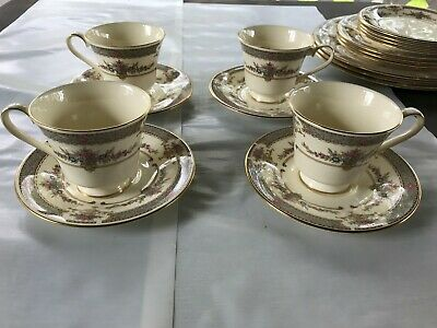 4 Vintage Minton Persian Rose Bone China England Cups & Saucers Royal Doulton