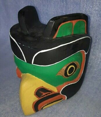 NATIVE AMERICAN CEDAR MASK BY MASTER Carver Cicero Augusto Cowichan tribes  BC