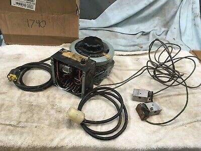 SUPERIOR POWERSTAT VARIABLE TRANSFORMER 20 AMP    Box 1740
