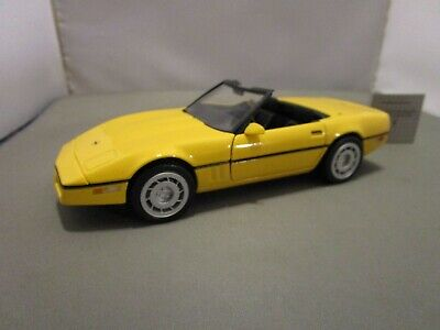 Franklin Mint 1/24 Yellow 1986 Chevy Corvette Convertible Read No Box Very Nice
